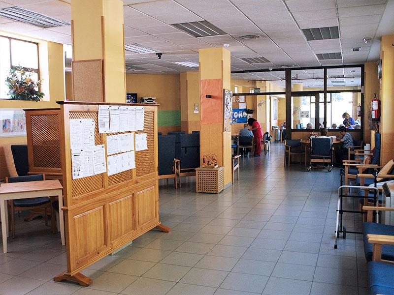 Ayudía: Centro de día Alcorcón entrada